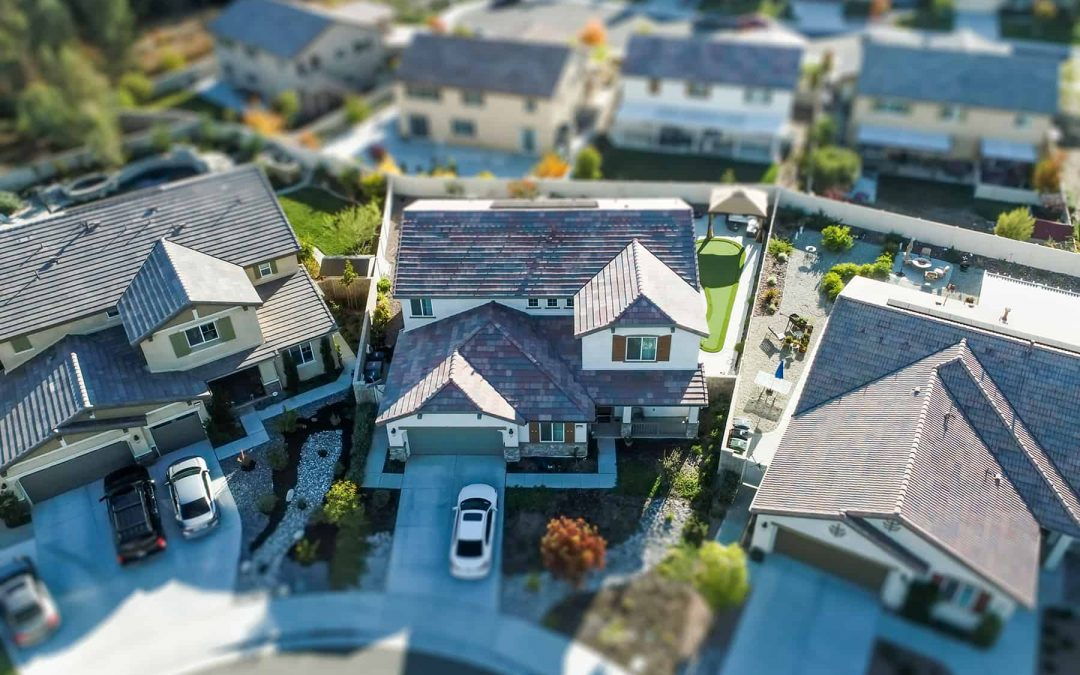 Roof Insurance Claims: A Guide On What To Do in 2021