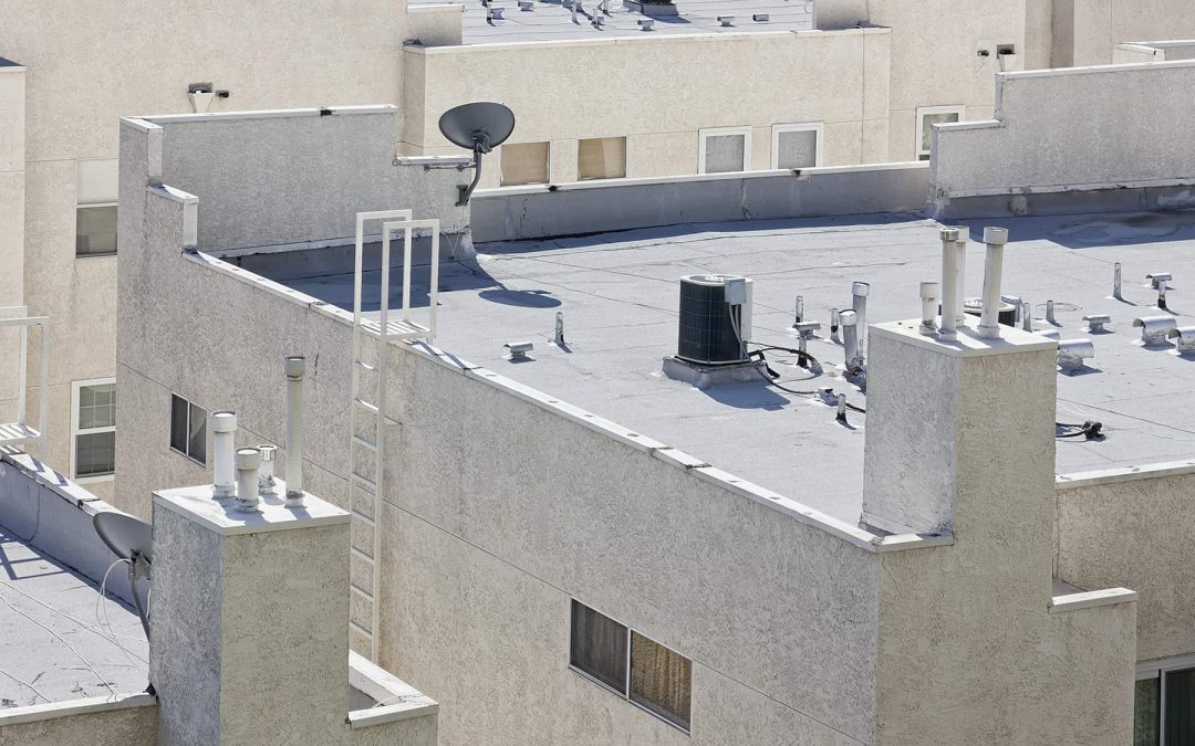 Flat Roof Repair: A Guide On What to Do (Step by Step)